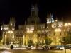 An der Plaza Cibeles bei Nacht