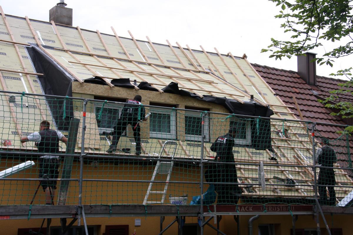 Tag 5 (Di): Unterbau der hinteren Dachgauber fertig stellen