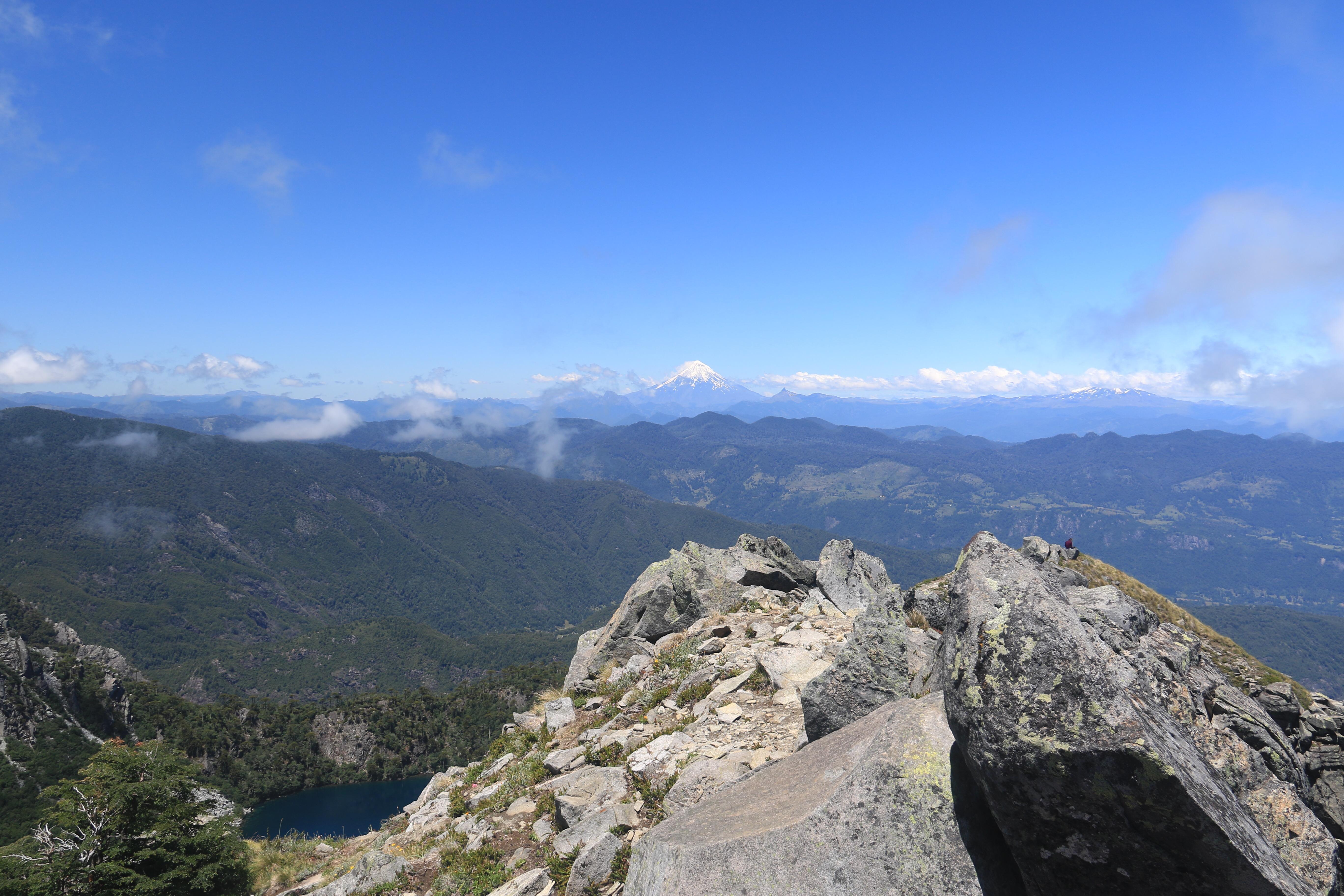 Am Grat des San Sebastian, mit Blick Richtung Villarica